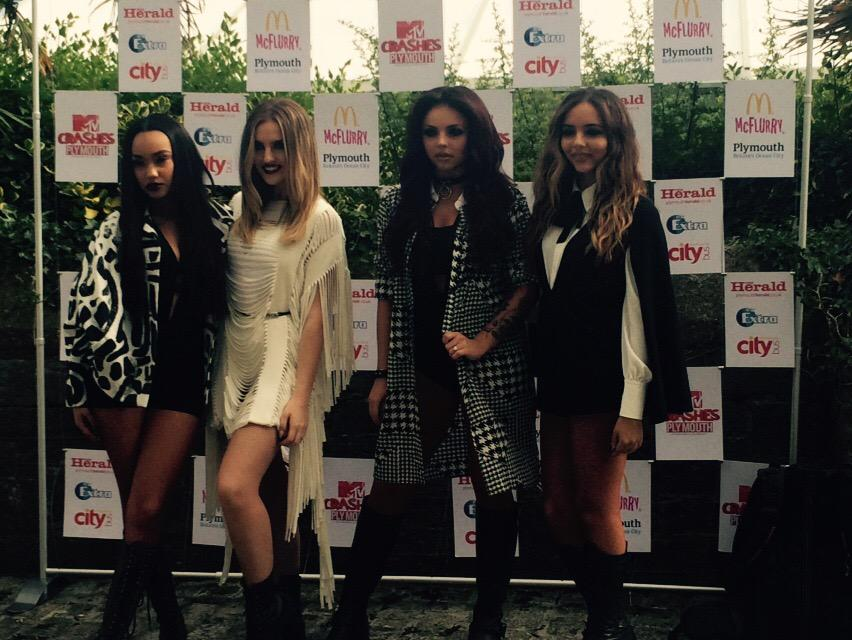So excited for @MTVCrashes with the gorgeous @LittleMix #MTVCrashes http://t.co/HXeT0oDfcs