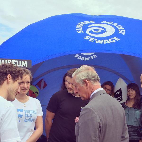A proud day. Today we met with The Prince of Wales and @sascampaigns for #OceanPlasticsDay. Image by @ClarenceHouse http://t.co/fv2lH0Q7uO