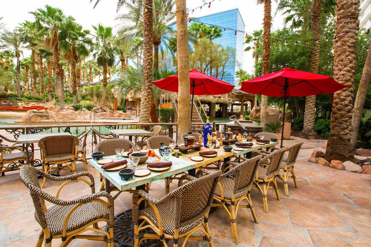 hard rock hotel lv on twitter pink taco on the patio thats how well spend our hump day httptcoaofmnqosxp vegas tacos foodie - Taco Patio