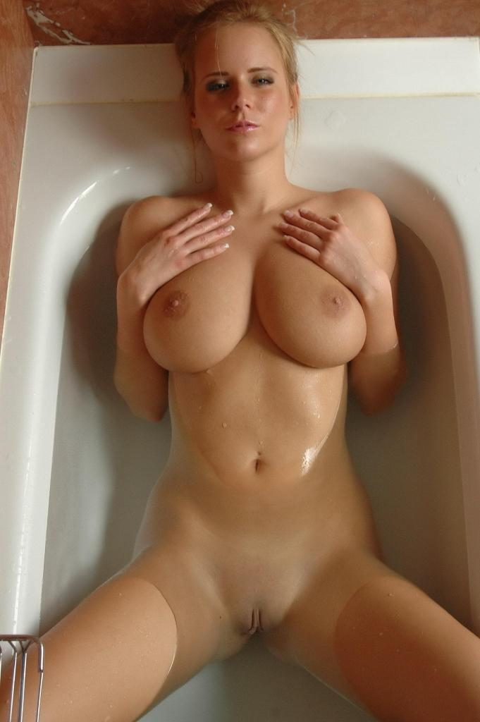 Hot blond girl big boobs has sex in tub