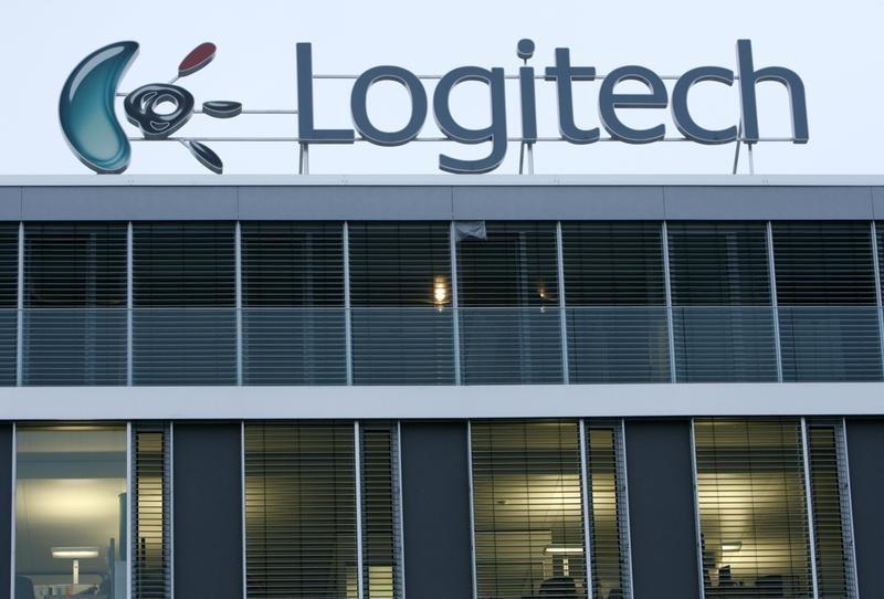 Logitech first-quarter revenue falls by 2 percent to $470 million