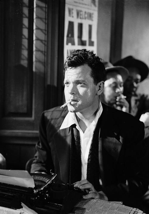"""RT @impossiblecool """"I don't say we all ought to misbehave, but we ought to look as if we could.""""  Orson Welles."""