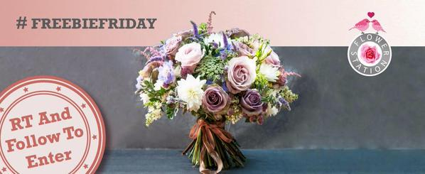 It's #FreebieFriday! RT and follow for a chance to #win this stunning luxury bouquet! Ends 9pm tonight on 24/07/15 http://t.co/CngW0A47zB