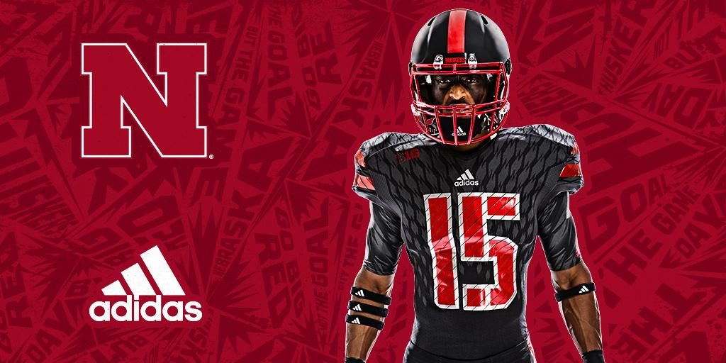 Huskers to wear  HuskerBold Alternate Uniforms for 10.24.15 game against  Northwestern. More  http   bit.ly 1GGxC7M pic.twitter.com gFgyfMuhEa 3012724bc
