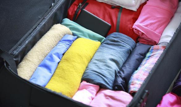 3e9bdf03cc0d3 خدمة ترتيب الملابس داخل حقيبة السفر؛ تغنيك عن إعادة الكوي عند الوصول!  920006848pic.twitter.com gnYVSbyUPI