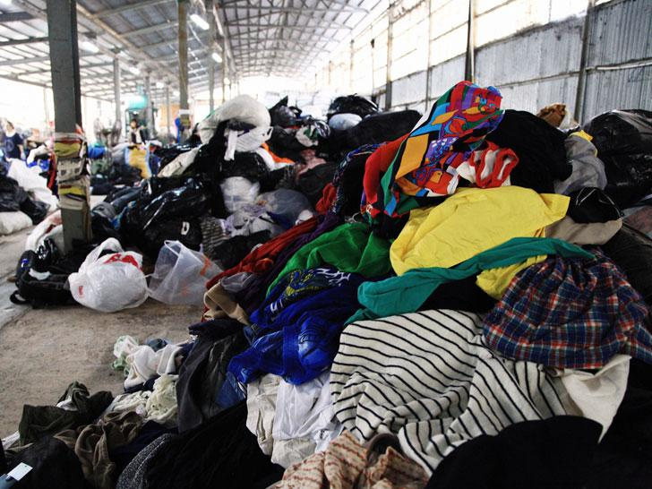 See how much clothing gets trashed every 2 minutes—and that's just in one city! http://t.co/zvvRx8iqil http://t.co/Xrrh85HdED