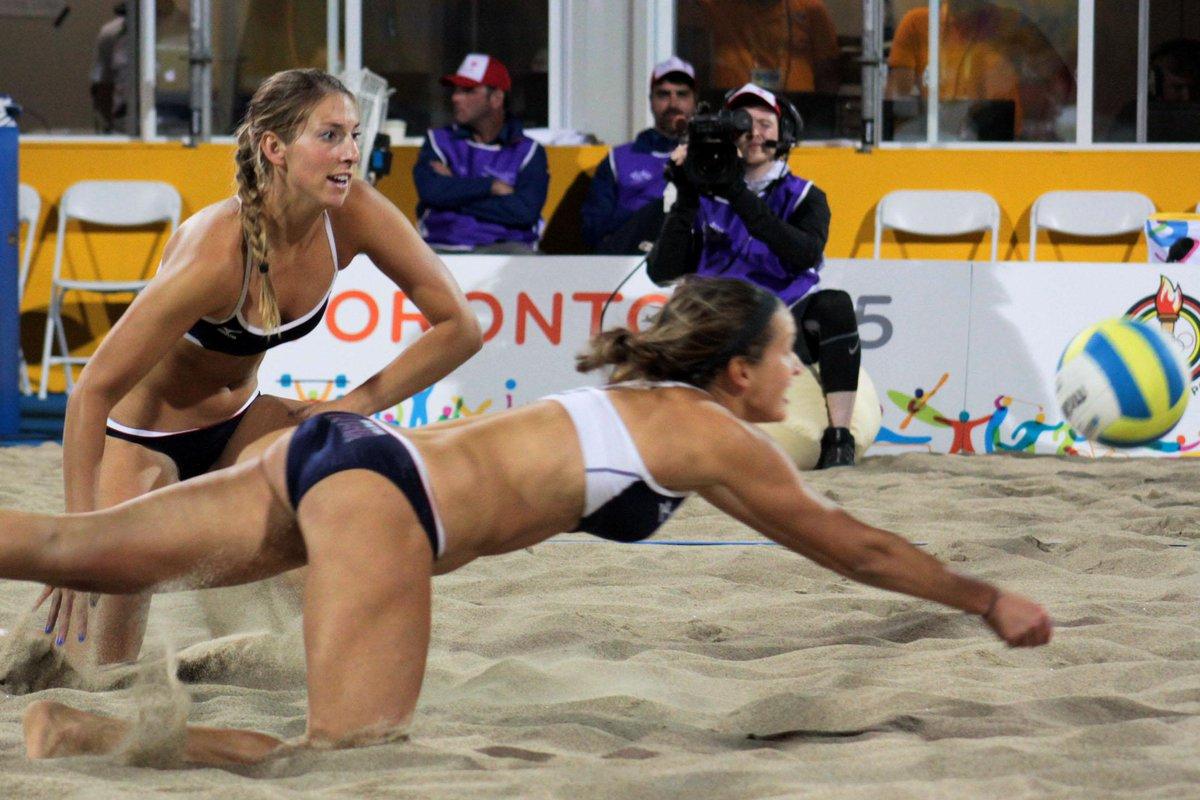A nice opinion piece from the #WinnipegFreePress about #beachvolleyball uniforms http://t.co/wVNYfEPVrb http://t.co/MlmW28hen0