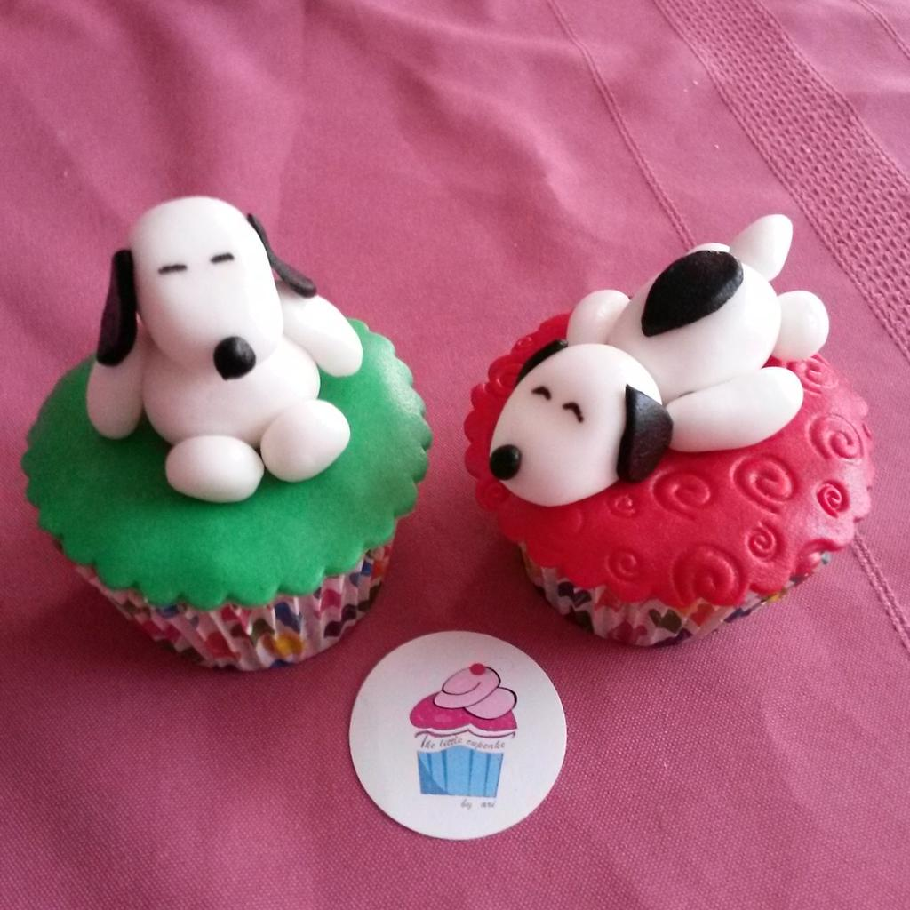 The Little Cupcake On Twitter Cupcakes De Snoopy 3d Http