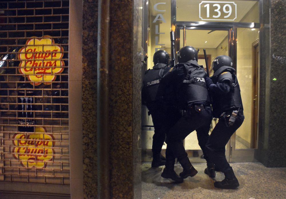 La ONU suspende a España en derechos http://t.co/PmTEVmZ3up #DDHH #LeyMordaza #Deportaciones #Impunidad #CIEsNO http://t.co/yLNiI1fr6g