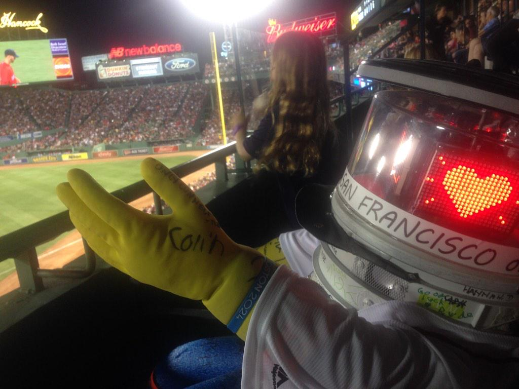 #hitchBOT bagged 1st bucket list item! Started #thewave in our box @ Fenway #OnToTheNextOne @hitchBOT #hitchBOTinUSA http://t.co/JzD7Au5PPX