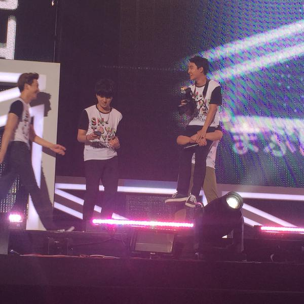 150725 D.O. Yesung Donghae😂 [cr: 스프라잇]