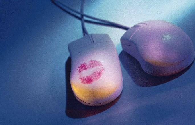 Ricerca internet: Sette italiani su 10 cercano l'Amore online