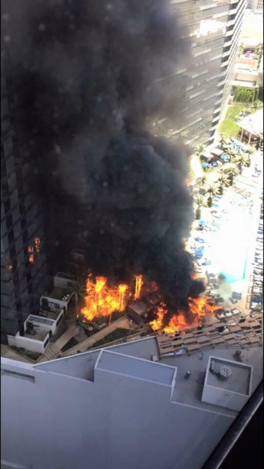 Big fire is being reported at the pool at The Cosmopolitan. Please avoid the area. http://t.co/gmQLg3sbdj