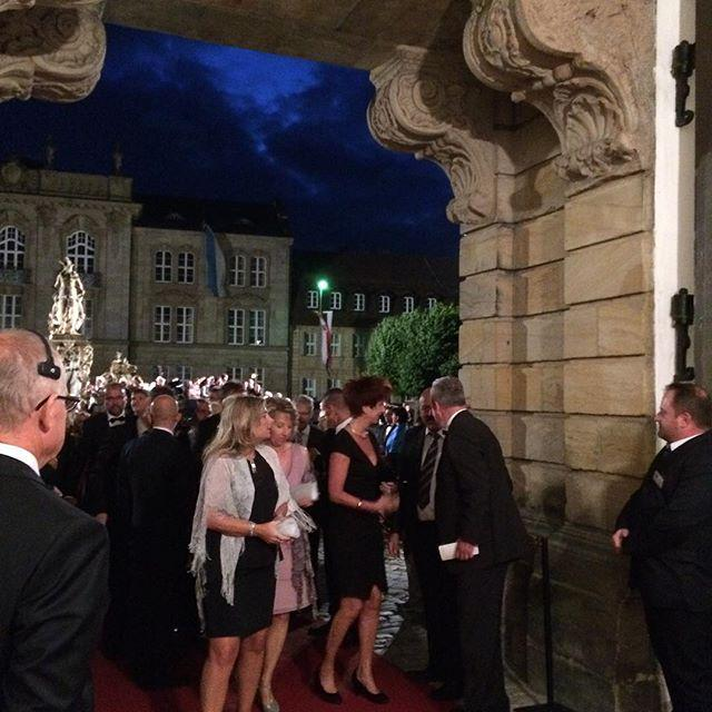 #BayreutherFestspiele #Staatsempfang http://t.co/fXafpZzk6t http://t.co/Tj3mMASCVR