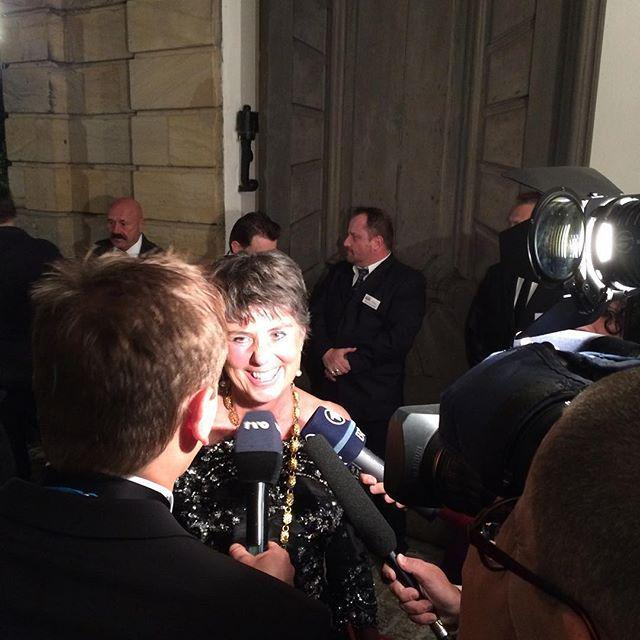 Oberbürgermeisterin Brigitte Merk-Erbe im Interview #Staatsempfang #BayreutherFestspiele http://t.co/6Pk7Uo859O http://t.co/mbthpbA2zQ