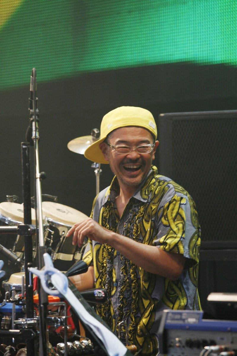 あれから4年が経ちました。R.I.P. SHINJI-MAN 今日も一緒に演奏しようぜ兄貴! http://t.co/ynchYp6LI6
