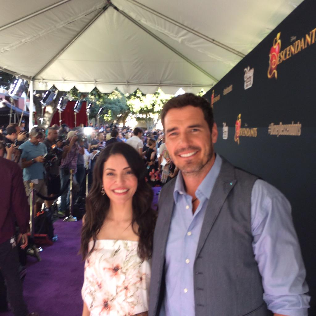 Dan payne on twitter evaugier and i just before flash for Daylon payne