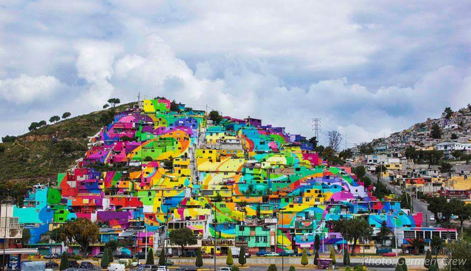 Street artists paint Mexican town colourful