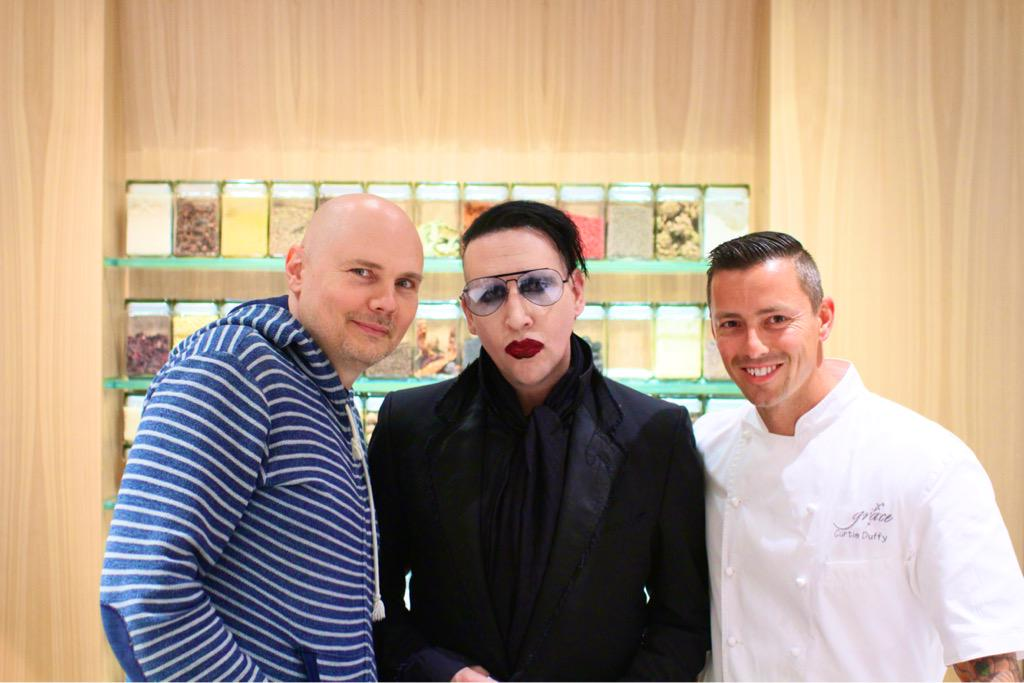 Amazing Night @grace_chicago Thank you @Billy @marilynmanson http://t.co/jFfwVV6Zw7