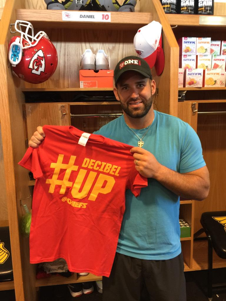 Hey @chiefs fans...want 2 win this #DecibelUp shirt?? Retweet this or favorite it & we will pick a winner very soon! http://t.co/GSdSbL5QtS