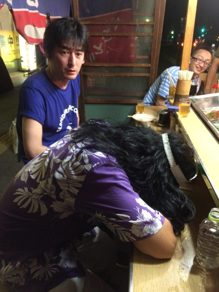 掟さん!起きて!@okiteporsche 福岡にて。 http://t.co/plK21Ax0WF