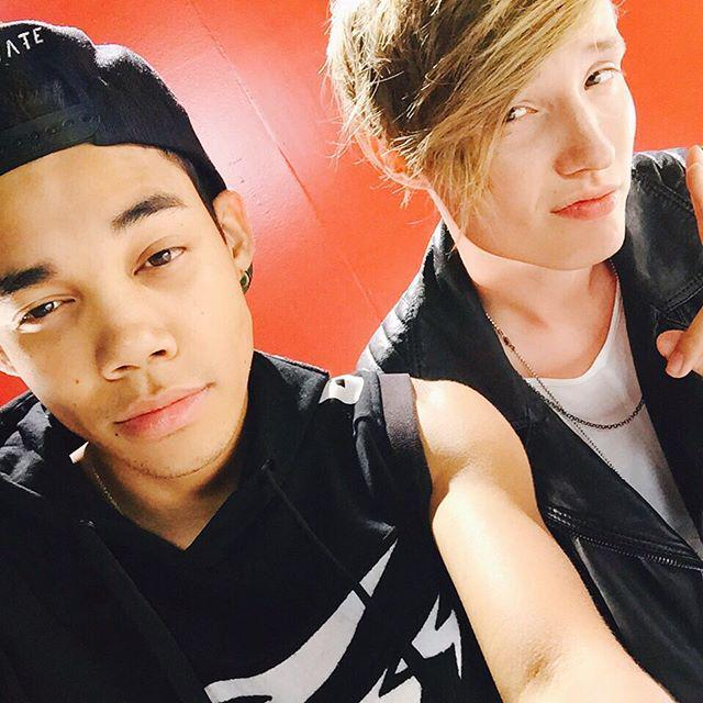 My boyy @IsacElliot got a fireeee video for his single #Lipstick that's bout to kill the game. Yall ain't ready.