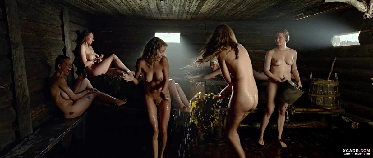 эро фото из фильма привет караси