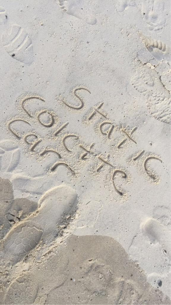 @ColetteCrazy when I'm at the beach :) http://t.co/WRaCgvWxsz