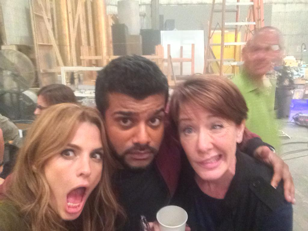 Friday night getting a little loopy with @Stana_Katic and @AnnCusack. http://t.co/DmtmgEWTpB