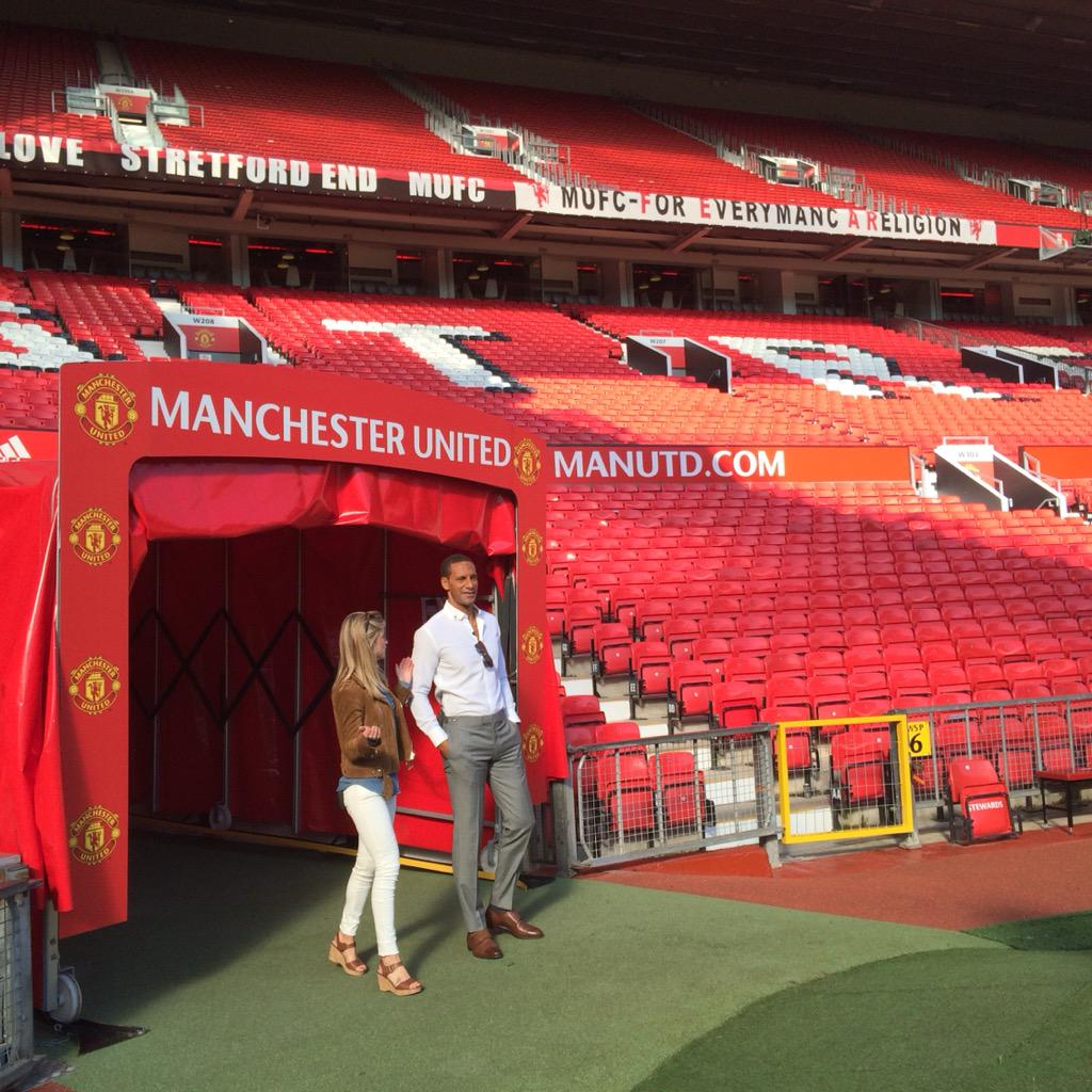 Decent to be back and see some old faces.. What a place! 🔴 #mufc http://t.co/AiDvymdZu3