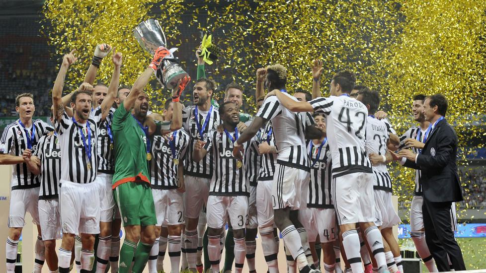 Festa Juventus nella Supercoppa italiana 2015