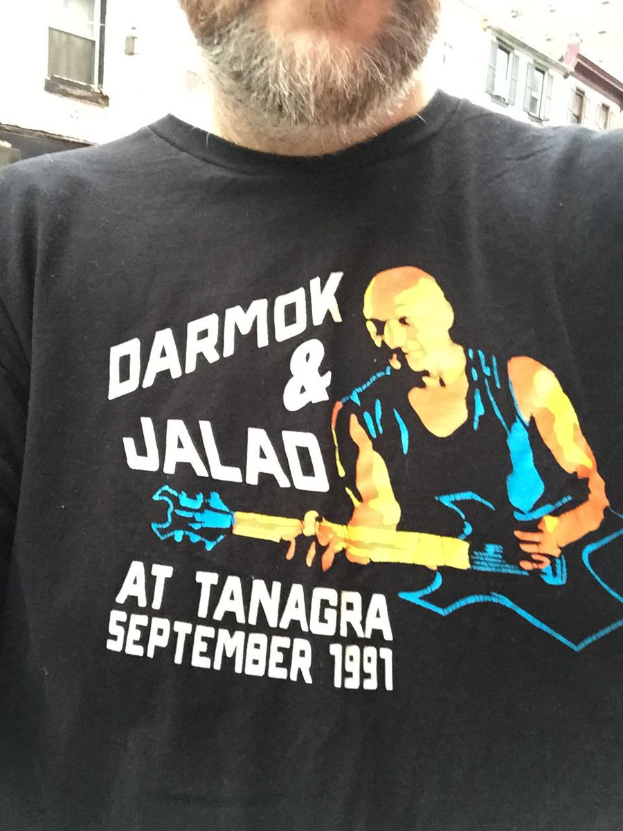 """Dude on the street to me, """"That's an awesome t-shirt, man."""" He is correct. http://t.co/8BrTlLfPBz"""