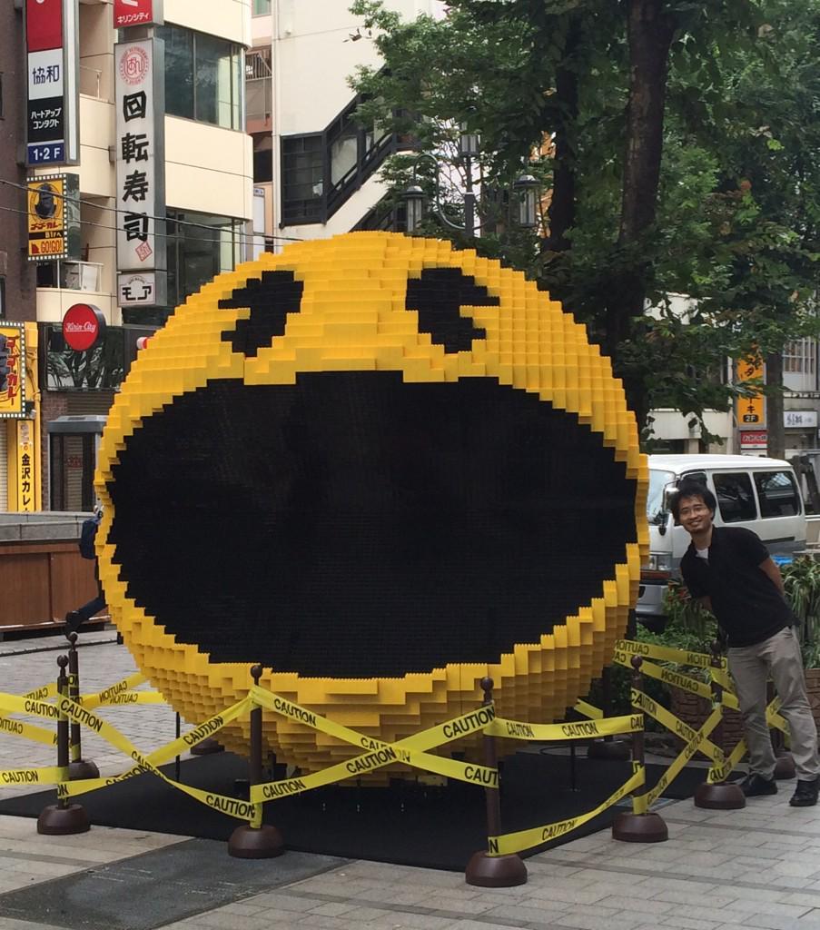 レゴ作品の新作を新宿に設置してきました!どちらも過去最大級。 pic.twitter.com/SOKGzyqE6y