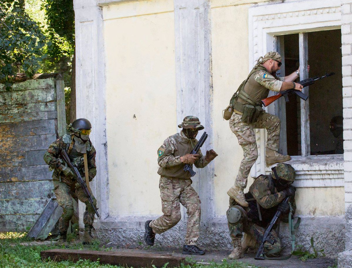 Возле Мариуполя боевики произвели массированный обстрел сил АТО, возобновилась воздушная разведка, - пресс-офицер Чепурной - Цензор.НЕТ 2170