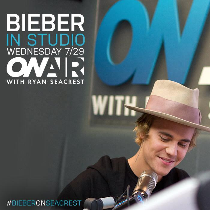 Here's something REALLY good -- @justinbieber in studio TOMORROW!! #Beliebers set your alarms! ⏰ http://t.co/qJWySp7pvT