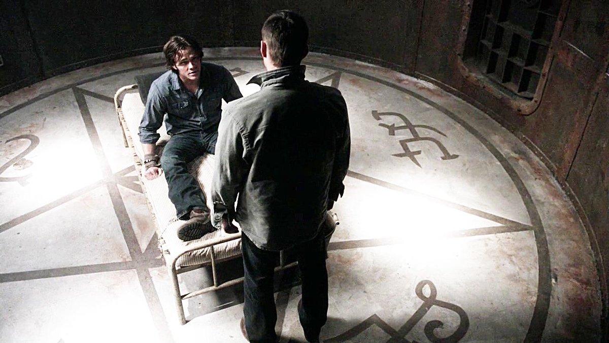 "One.Perfect.SPN.Shot on Twitter: ""4.21 When the Levee Breaks. Director:  Robert Singer. #Supernatural http://t.co/OTfEBMwhP0"""