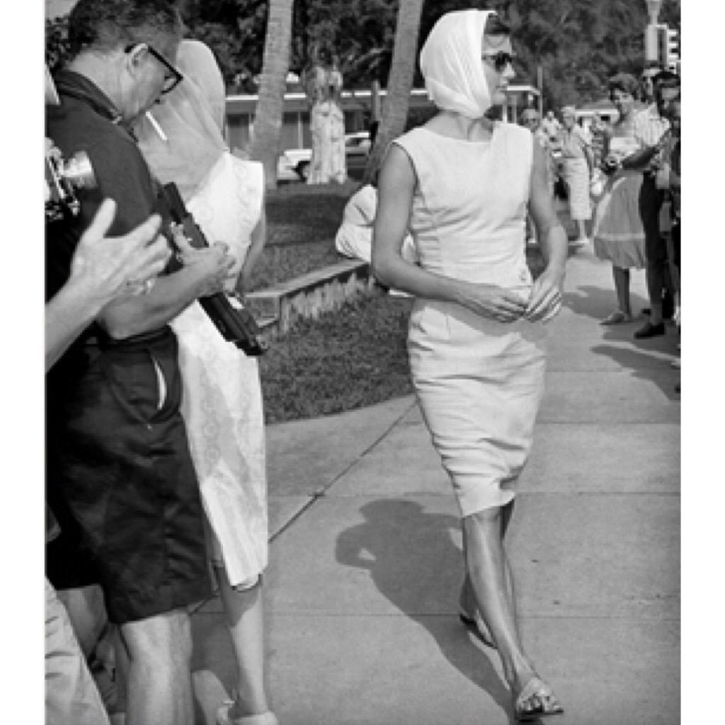 Happy Birthday to the late Jackie O. Her legacy of style and grace continues to inspire us today. http://t.co/Fc0dw2C3y1