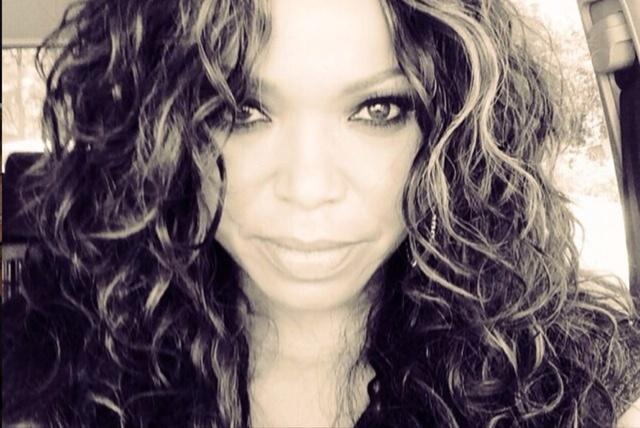OMG, I can't stop listening to @Tishacampbellmartin new track with B.Slade! KILLING IT!  http://t.co/7dCTdrIHK2 http://t.co/ddWbZG32d7