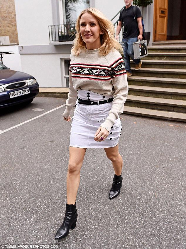 .@elliegoulding wears @isabelmarant Fall/Winter 2015 look as she leaves Abbey Road studios in London http://t.co/cJdaPbbmIc