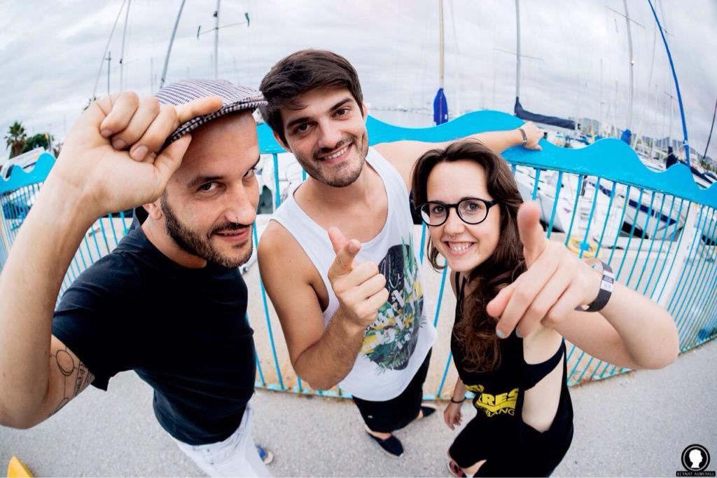 Amb tu posem rumb a la meridiana el proper 11 de setembre!!! Amunt les veles!!! Un estiu #Meridianament ! @assemblea http://t.co/AtvgQZvw6J
