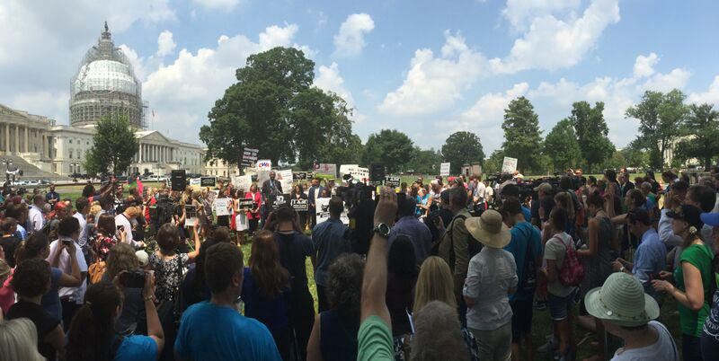 #WomenBetrayed protests Planned Parenthood (Photos)
