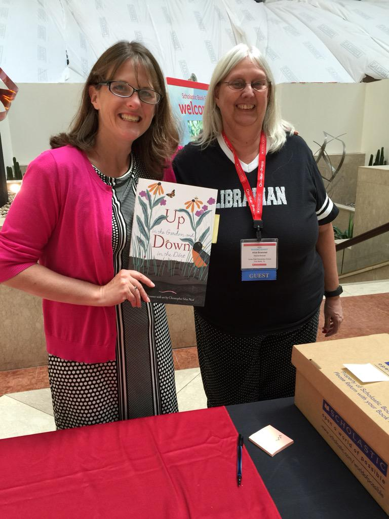 Nice meeting the author! Kate Messner #ReadingSummit http://t.co/i7dYLZWkip