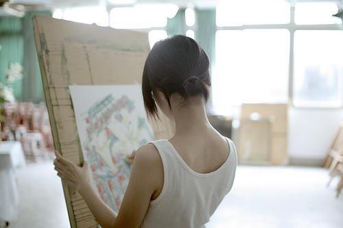 イラストレーターの岸田メル先生 (イメージ図) http://t.co/BiWfRHzEg5