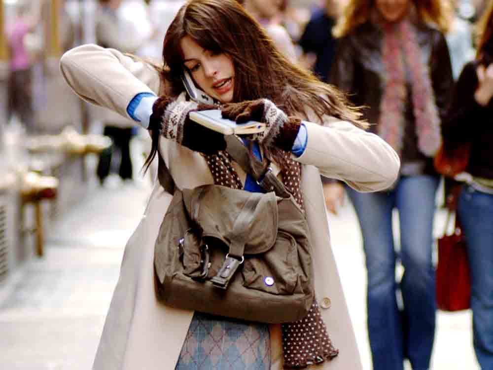Is your daily commute affecting your skin? http://t.co/V3qJpeKnT9 http://t.co/WZu1wse6q1