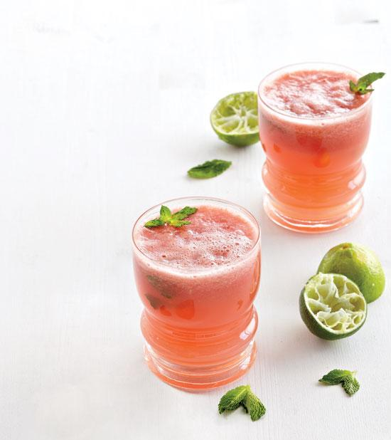 A5 Nothing says summer like watermelon, lime and fresh mint! http://t.co/1nECUemYxo #ChatWithStyle #AirWick http://t.co/dlvwcBU0UW