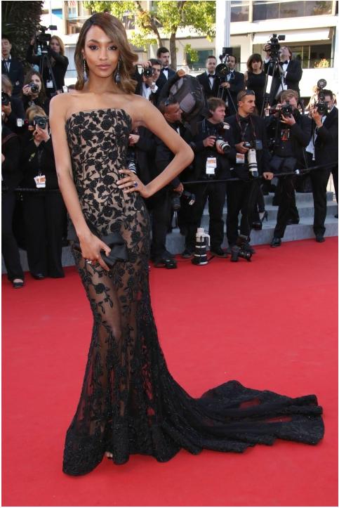 Jourdan Dunn oozes glamour on the red carpet... http://t.co/pw3LZpx4qk http://t.co/mcvq7ZZq8I