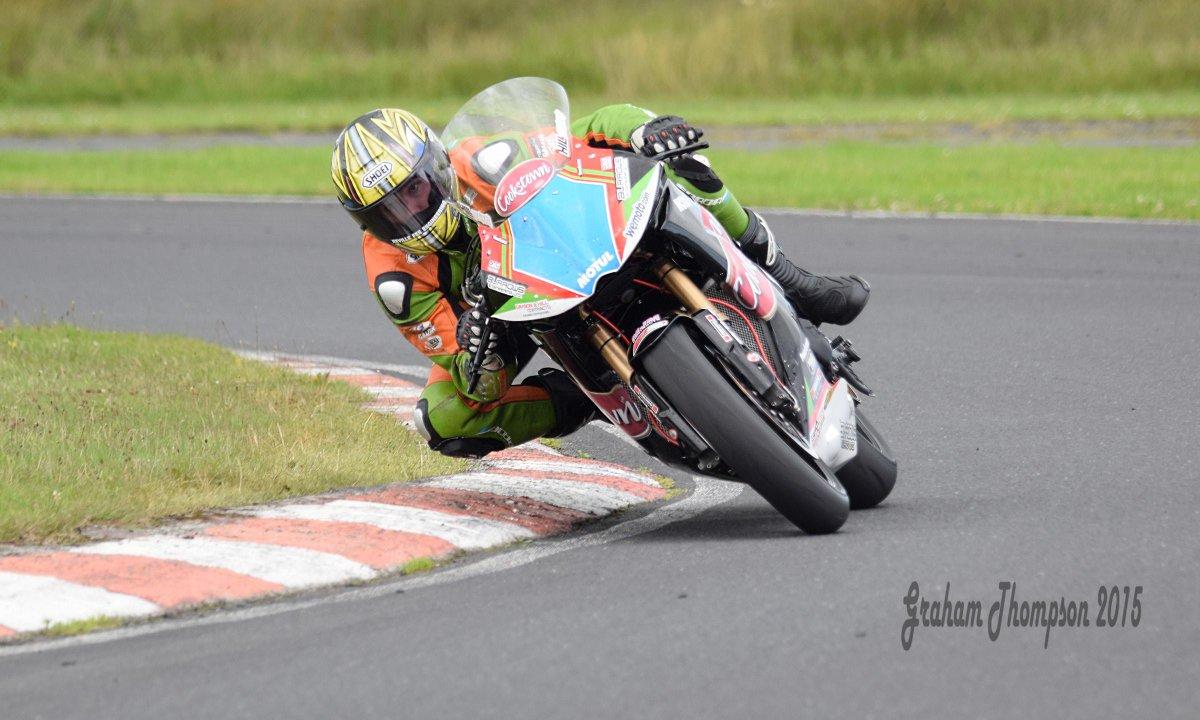 [Road Racing] Ulster GP 2015 CLF_R-YWIAAy3Uf