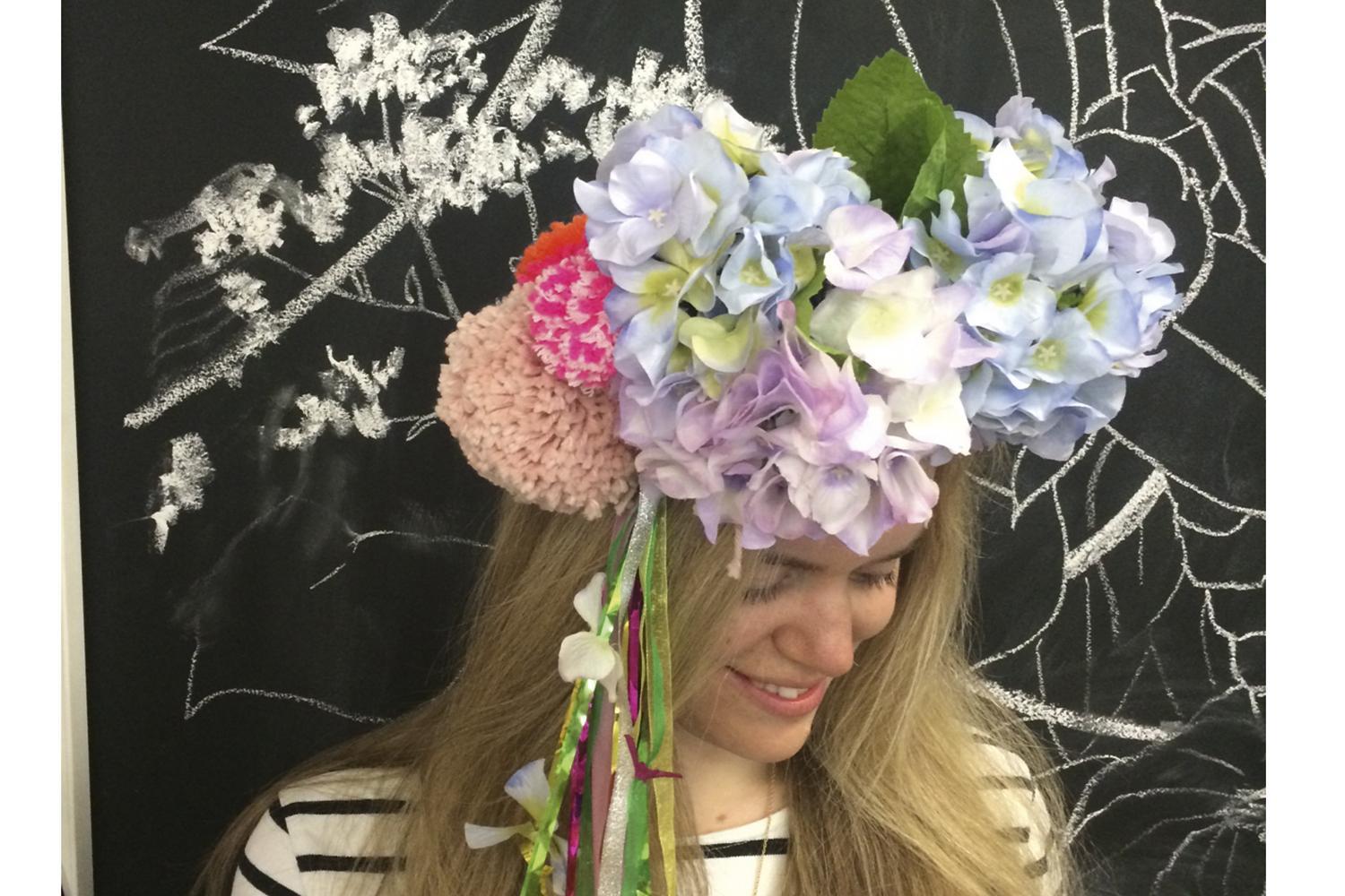 Like the look of this floral headband? Here's how to make your own, and a very special invite http://t.co/BCHbqRcAFX http://t.co/5mtbVIO2WM