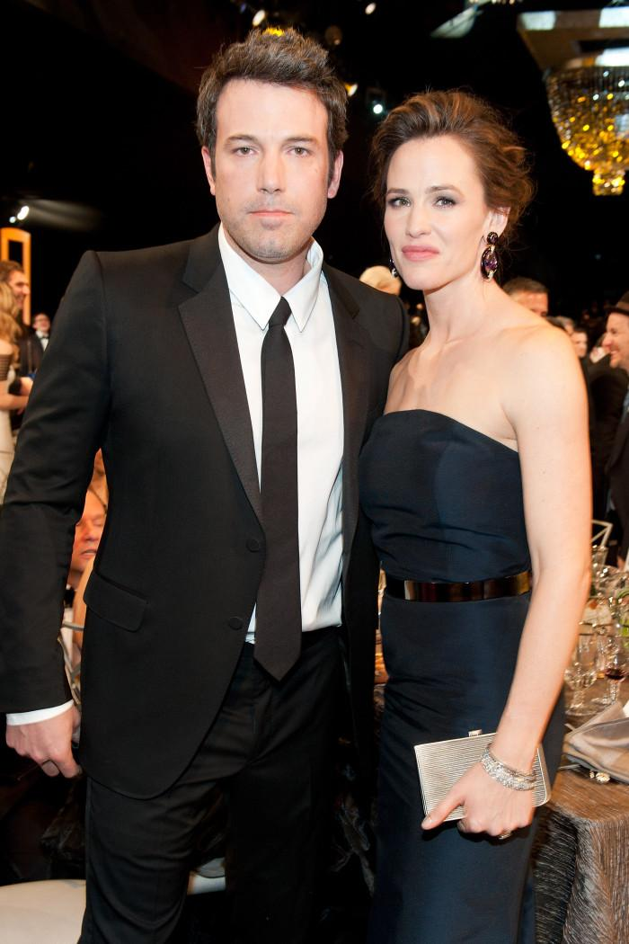 Ben Affleck responds to reports he's dating again: http://t.co/I6DpzjX1Dt http://t.co/t99g2jJ45m