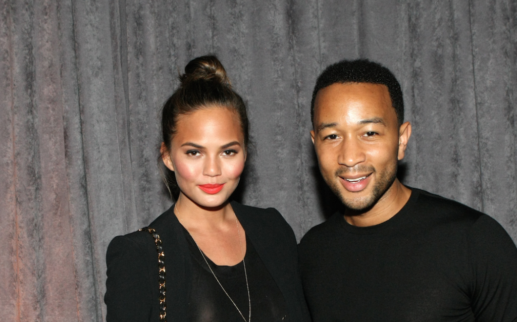 This Is by Far the Strangest Photo of Chrissy Teigen: http://t.co/9i1eEwMUQE http://t.co/dFVoHmDVwn